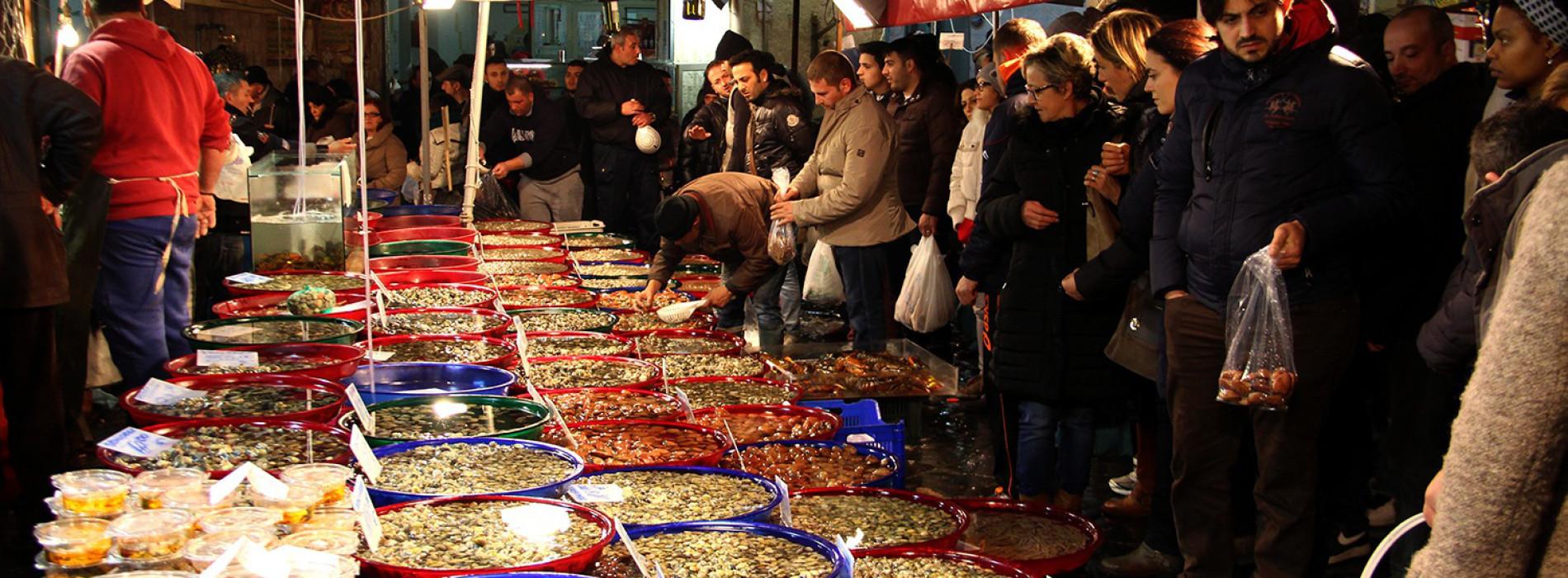 Sei mercati di Napoli
