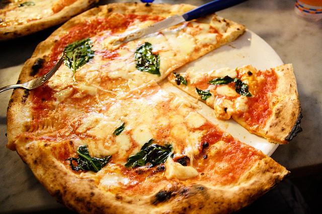La pizza di Sorbillo