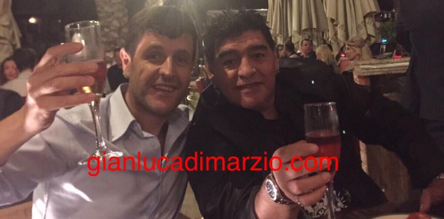 Maradona brinda al titolo di Campioni di inverno Fonte: pianetazzurro.it
