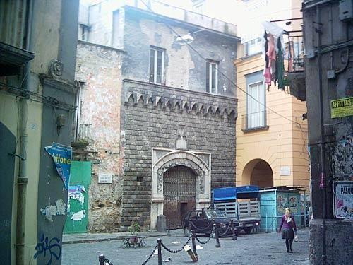 Altra visuale del palazzo. Fonte: junglekey.it
