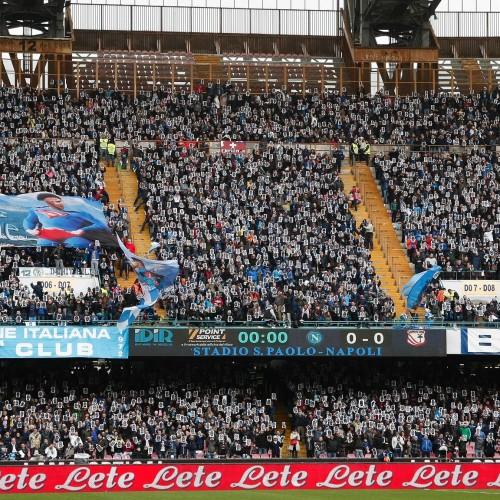 I tifosi del Napoli finiscono sul quotidiano inglese The Guardian