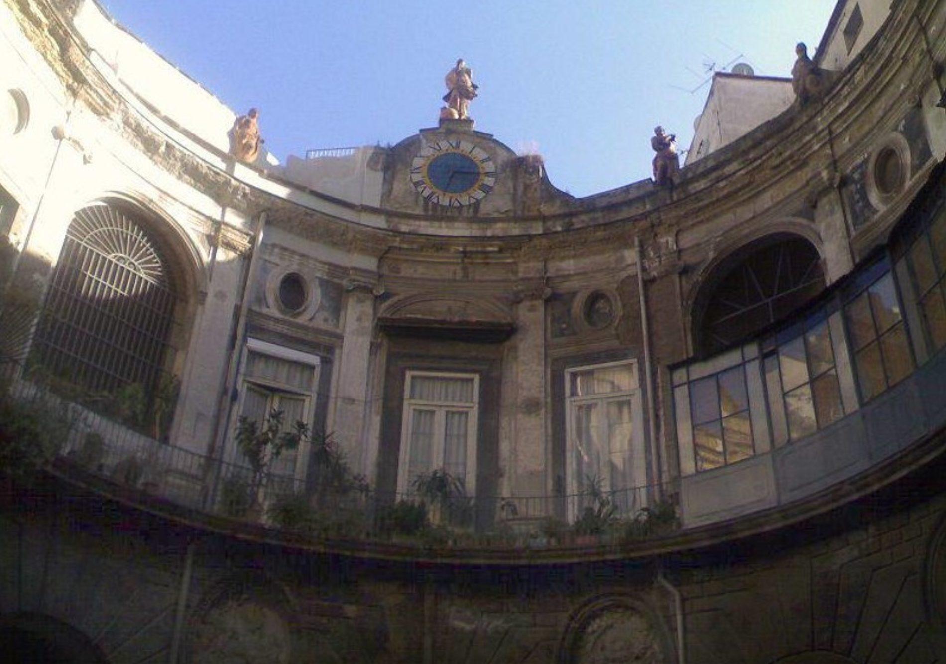 Palazzo Spinelli e la leggenda del fantasma di Bianca