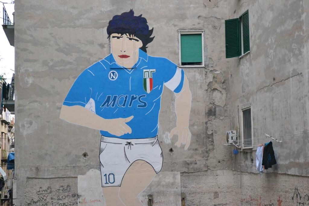 Il murales dedicato a Maradona Fonte: ilnapolista.it