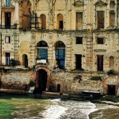 Palazzo Donn'Anna e i suoi fantasmi