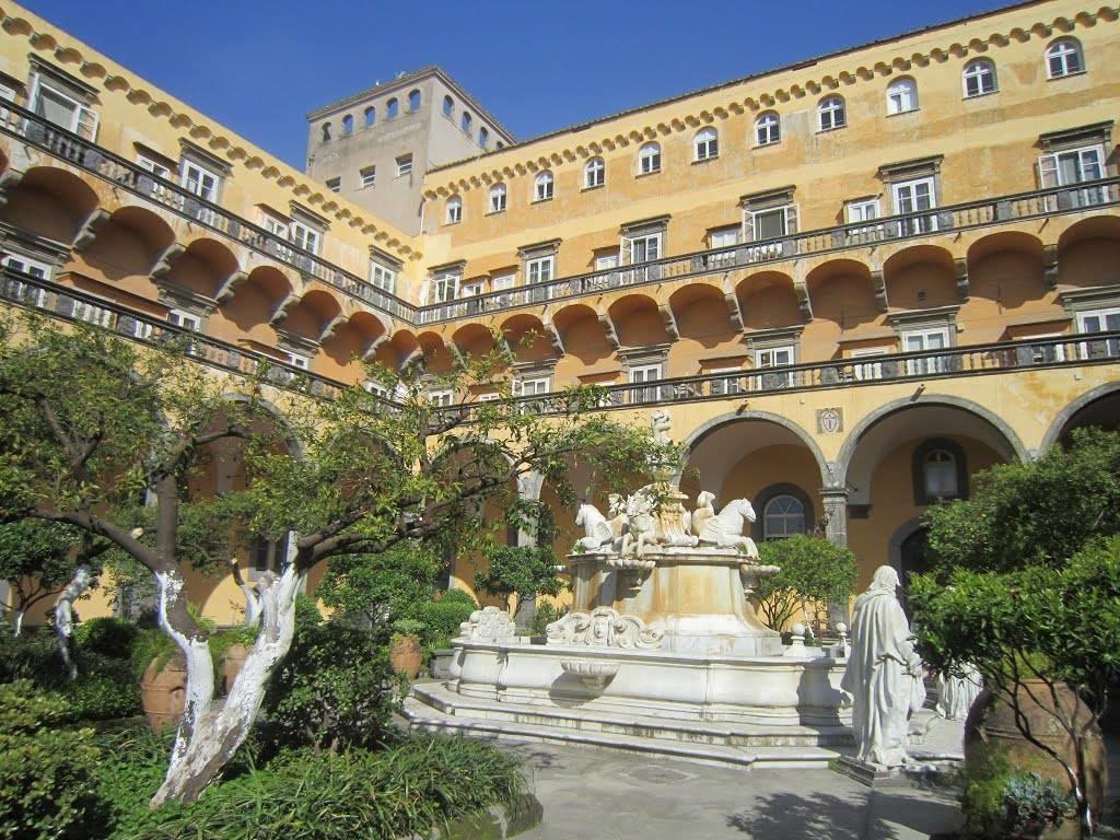 Il chiostro Fonte: hotelsangiuseppe.it