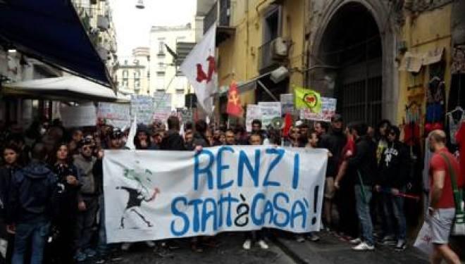 #renzistattacas Fonte: diariopartenopeo.it