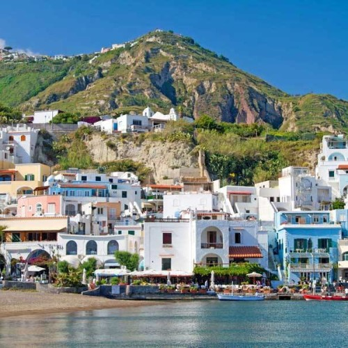 La migliore isola europea è Ischia: 1° posto nella top 10 del 2016