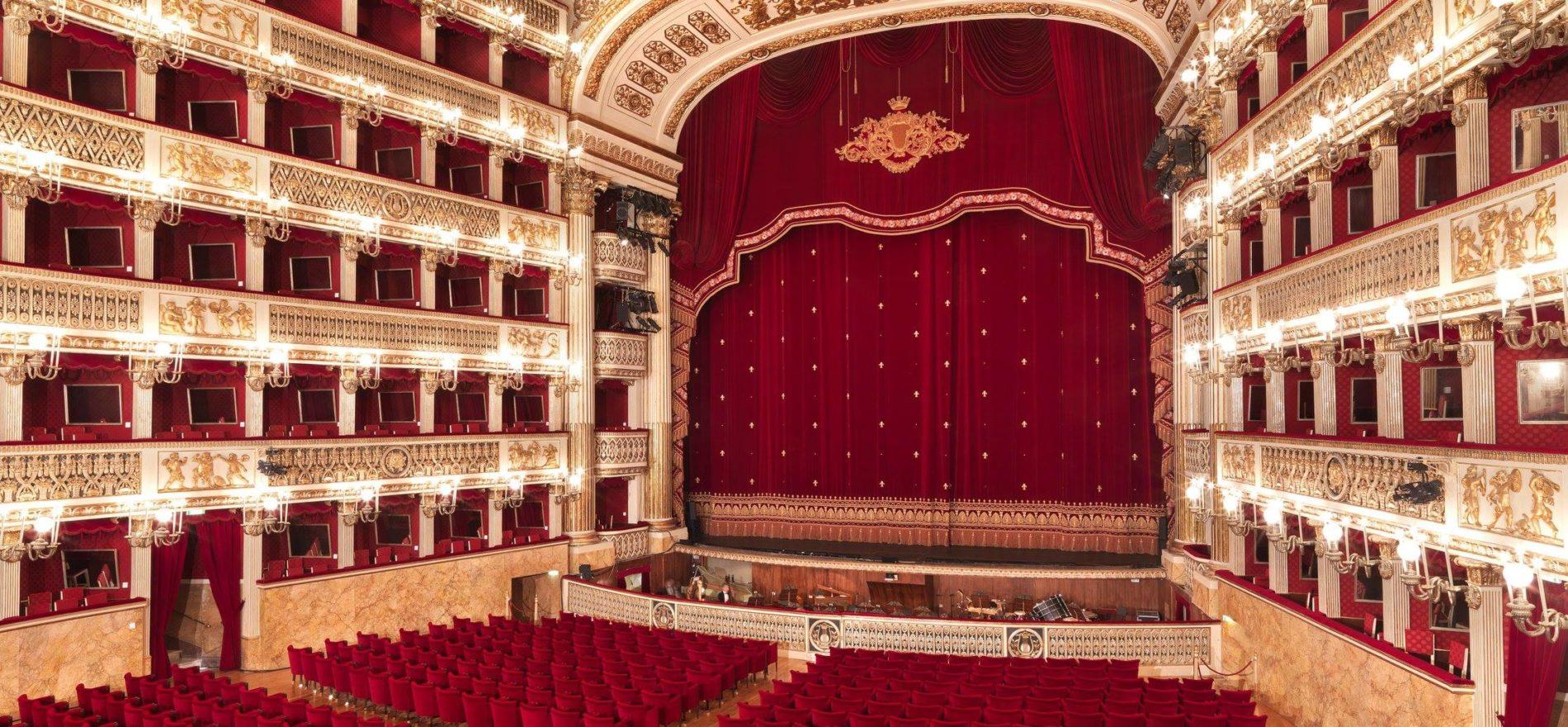 Teatro San Carlo: prezioso gioiello partenopeo