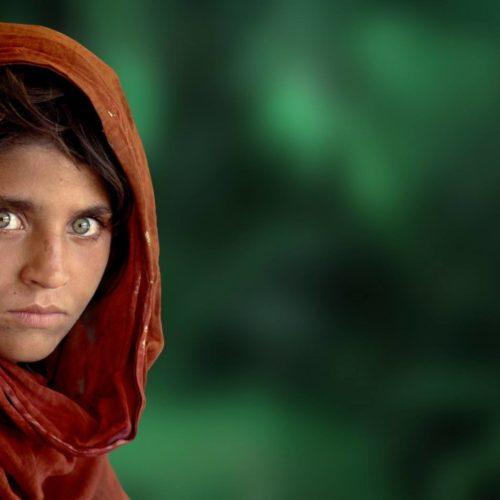 Steve McCurry a Napoli: una mostra fotografica tra talento, passione ed emozione