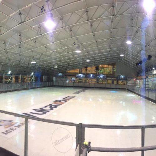 Il Natale del Vulcano Buono con la pista di pattinaggio sul ghiaccio
