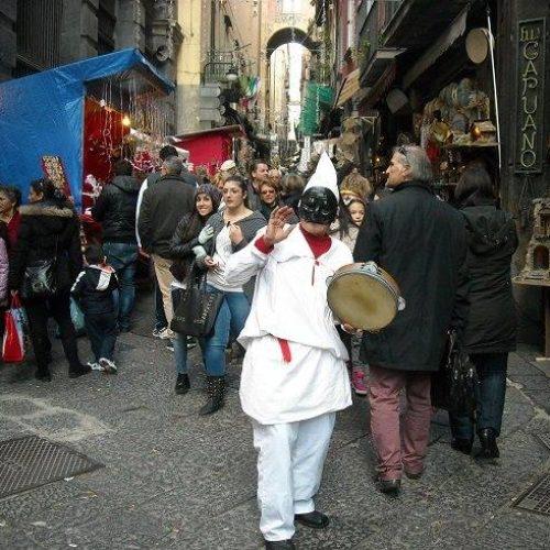 Napoli tra gusto e tradizione: tornano le pizze a portafoglio gratis