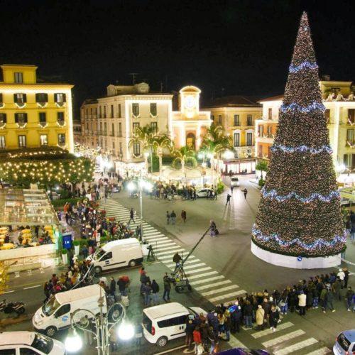 """Sorrento: """"M'illumino d'inverno 2016/2017"""" per accendere la magia del Natale"""