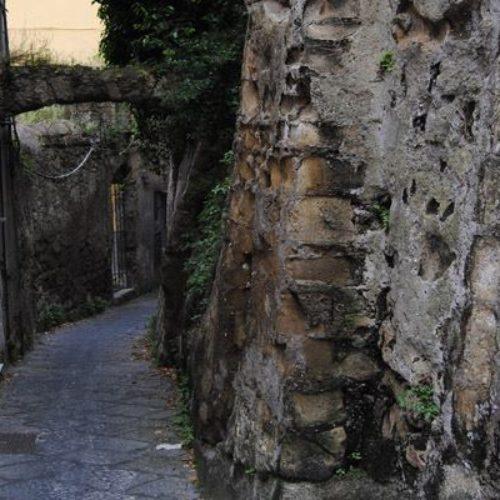 Il mistero delle Due Porte all'Arenella