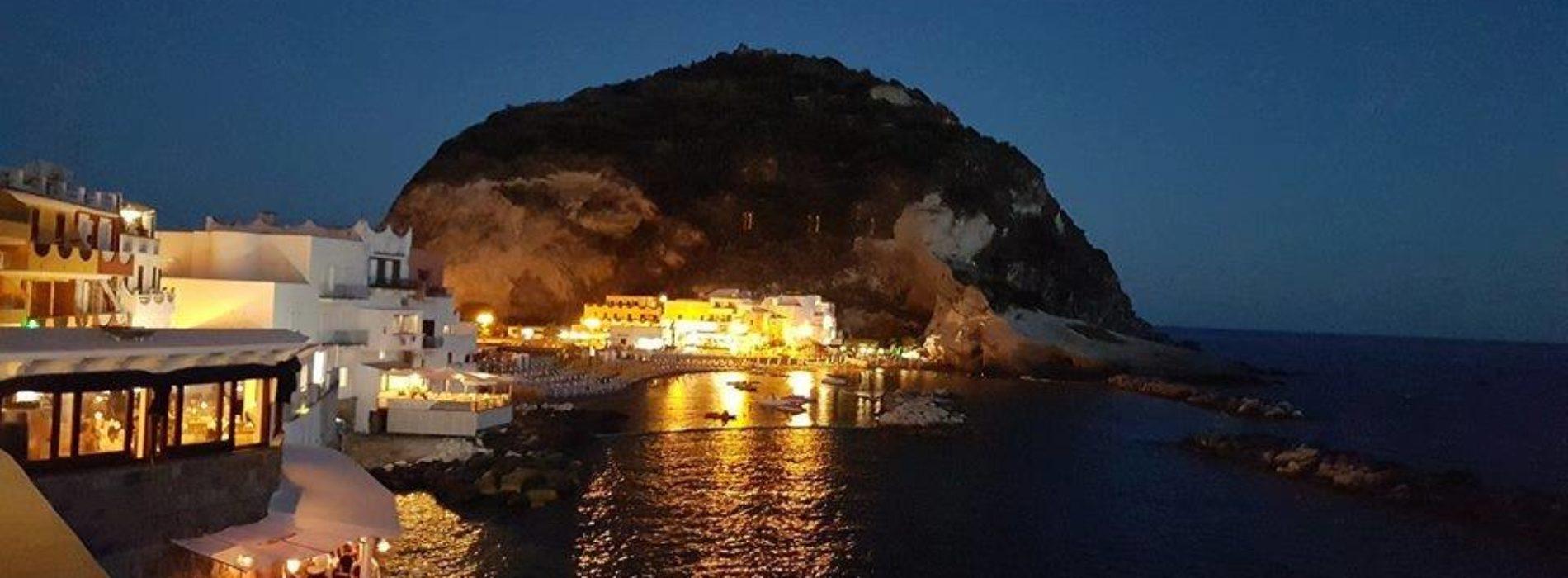 Il National Geographic nomina il borgo di Sant'Angelo d'Ischia il più bello d'Italia