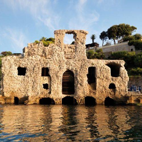 Il Palazzo degli Spiriti, tra storie e misteri