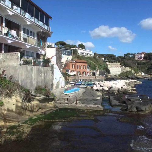 Una nuova linea BUS per andare a mare a Posillipo